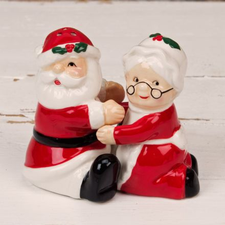 Santa Claus & Mrs Claus Salt & Pepper Shaker  Cruet Set